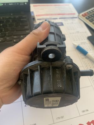 Hyundai Genesis vacuum pump for Sale in Newark, CA