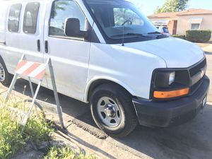 Chevy Express 2006 for Sale in San Diego, CA