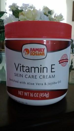 Vitamin E Skin Care Cream w/ Aloe Vera & Jojoba Oil for Sale in Frostproof, FL