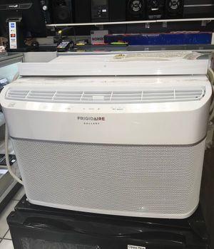 Window Smart Air Conditioner Air Condition Aire Acondicionado de Ventana Inteligente Frigidaire 6,000 BTU for Sale in Miami, FL