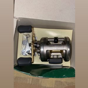 Shimano Cardiff 301a Left Hand Casting Reel for Sale in Bakersfield, CA