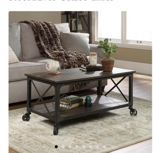 Coffee Table for Sale in New Haven, CT