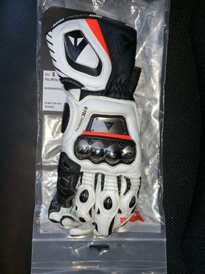 Dainese Full Metal D1 Gloves Small for Sale in Glendale, CA