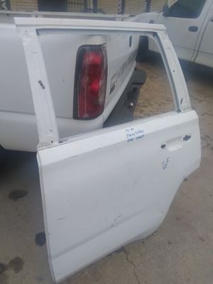 2015-18 Chevy Tahoe rear left dolor Shell for Sale in Dallas, TX