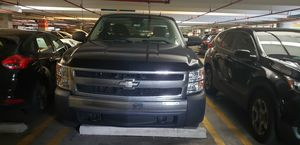 Chevrolet Silverado no mechanical issues!! for Sale in Fort Lauderdale, FL