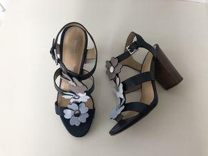 Michael Kors Navy Flower Sandals 7.5 for Sale in Nashville, TN
