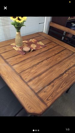 Kitchen table for Sale in Marion,  IA