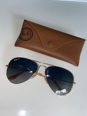 Brand new Ray-Bans w/ case for Sale in Tallahassee, FL