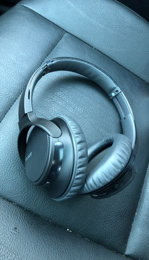 Sony WH-CH700N noise cancellation headphones for Sale in Tacoma, WA