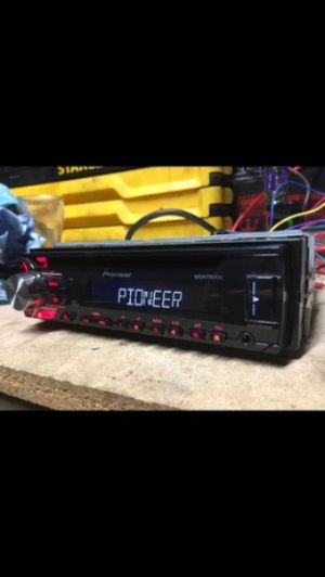Nice Pioneer DEH-X1910UB USB and auxiliary for Sale in Indianapolis, IN