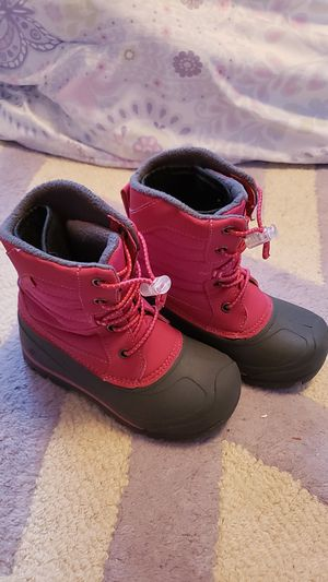 Girls Snow boots size 12 (toddler) for Sale in Highland, CA