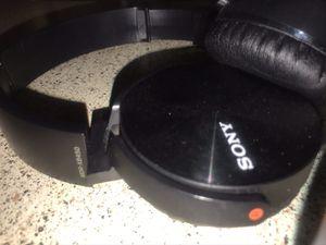 MDR-XB450 Sony headphones for Sale in San Bernardino, CA