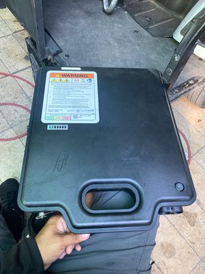 Wake board / surf board Battery for Sale in Hialeah, FL