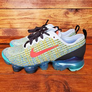 *NEW* Nike Air Vapormax Flyknit 3 (GS) Wmns sz 6.5, Youth sz 5y for Sale in Rossville, GA