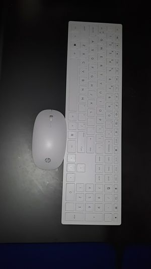 Wireless mouse and keyboard for Sale in Fargo, ND