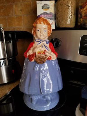 Little red riding hood cookie jar for Sale in Modesto, CA