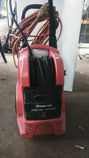 Snap-on 2000 PSI portable pressure washer electric for Sale in Portland, OR