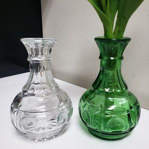 Rare 70's Hoosier Emerald Green Glass Thumbprint Bud Vase for Sale in Duluth, GA