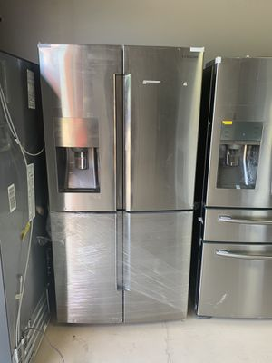 New never used Samsung 4 door flex showcase for Sale in Kissimmee, FL