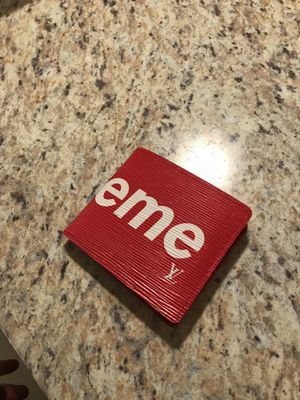Supreme wallet for Sale in Newberg, OR