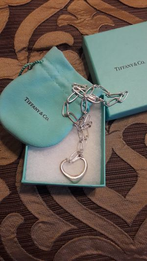 TIFFANY LINK CHAIN WITH HEART for Sale in CRYSTAL CITY, CA