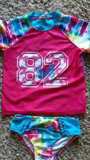 Kids 5T - 2 Piece Swimsuit for Sale in Sioux Falls, SD