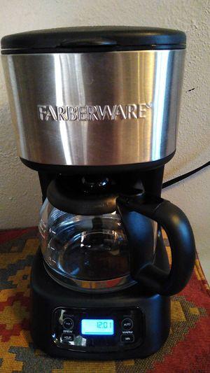 Farberware 4 cup coffee maker for Sale in Mesa, AZ