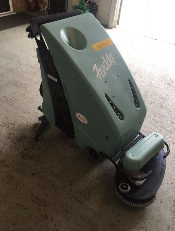 Freddy battery operated floor cleaning machine scrubber New battery