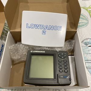 LOWRANCE MARINE BOATING GPS FISH FINDER MAP for Sale in Trumbull, CT