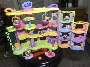 Littlest Pet Shop pet town for Sale in Wausau, WI