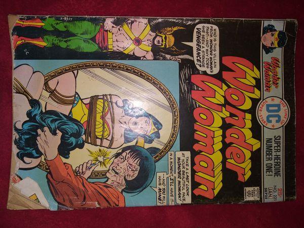Wonder Woman Volume 34 number 221