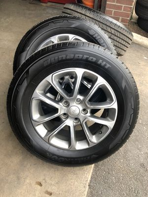 "Jeep Grand Cherokee 18"" Wheels with tires for Sale in Alexandria, VA"