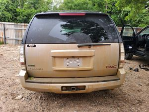 2012 GMC YUKON FOR PARTS ONLY for Sale in Dallas, TX
