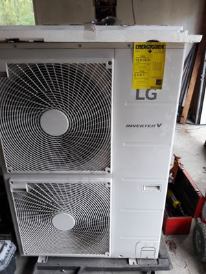 LG inverter 5 mini split heat/ac condenser pump for Sale in Bothell, WA