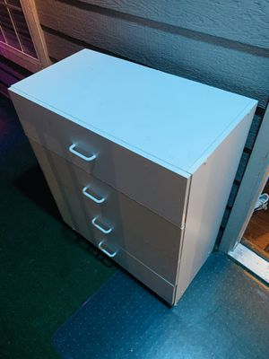 Drawer free for Sale in Everett, WA