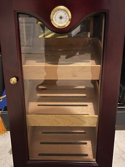 3 Tray Cigar Humidor for Sale in Round Rock,  TX