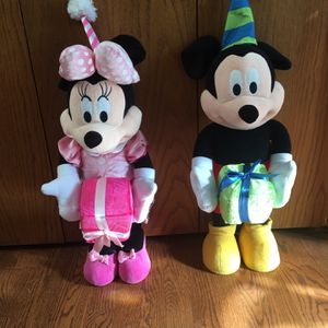 Mickey And Minnie Plush for Sale in Arlington Heights, IL