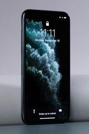 iPhone 11 for Sale in Wahneta, FL