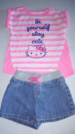 Toddler Girls Hello Kitty shirt and Denim shorts - Size 3T for Sale in Norwalk, CA