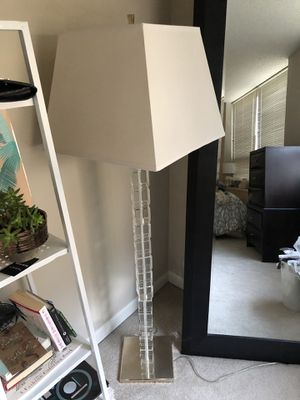 Gorgeous crystal lamp for Sale in Chicago, IL