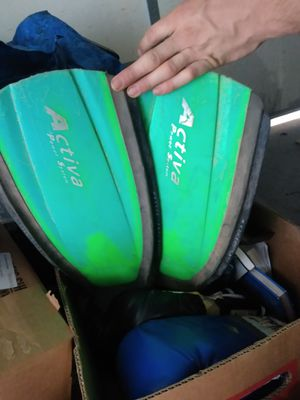 Flippers for Sale in Prineville, OR