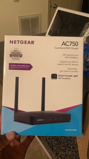 Net gear dual band WiFi router for Sale in Conway, AR