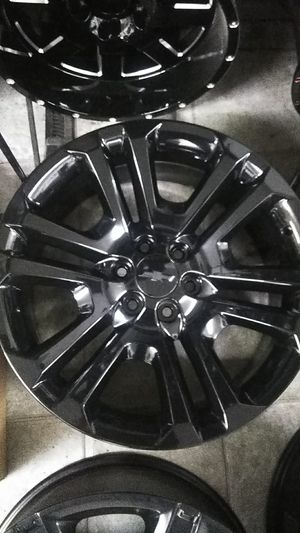 22 in blacked out gm rims for Sale in Houston, TX