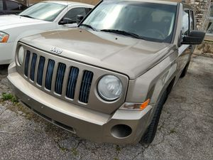 2008 Jeep Patriot 4 cyl automatic for Sale in Universal City, TX