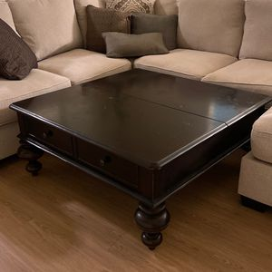 Coffee Table W/ Storage for Sale in Los Angeles, CA