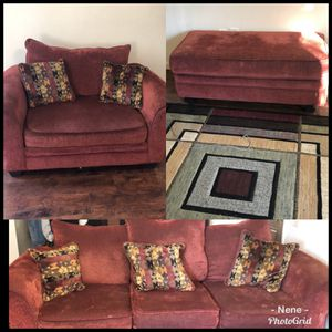 Used Living room set for Sale in St. Louis, MO