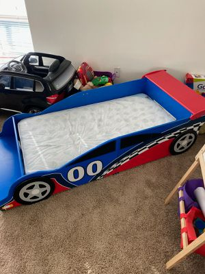 HOT WHEELS RACE TWIN BED for Sale in Frederick, MD