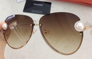 Chanel sunglasses for Sale in Laguna Niguel, CA