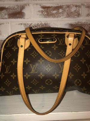 Authentic Louis Vuitton bag for Sale in Wheaton, MD