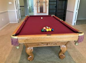 Brunswick 8 Foot Pool Table (DELIVERY/ SETUP included) for Sale in Fort Worth, TX